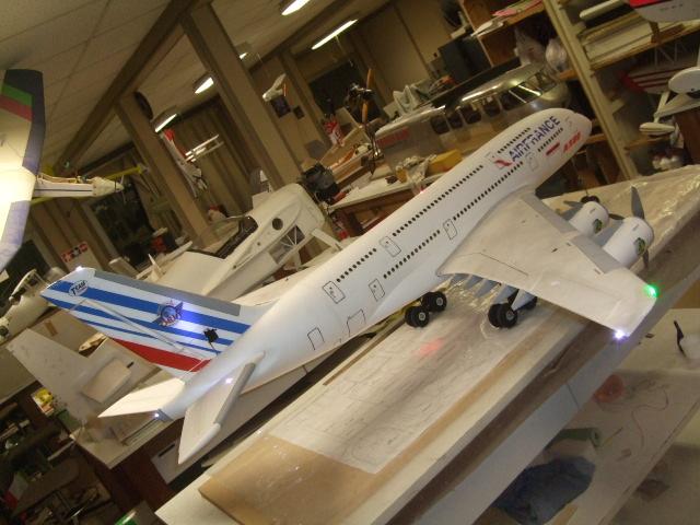 longueur aile a380